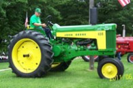George Campbell's shiny tractor, Bement Old Glory Festival